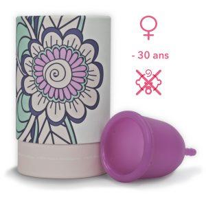 coupe menstruelle jeune fille
